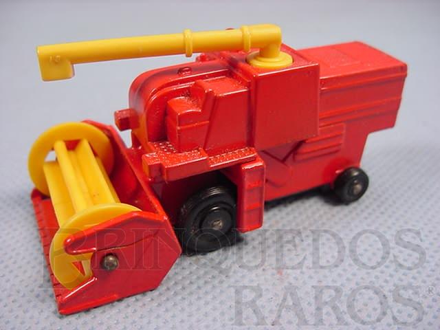 Brinquedo antigo Colheitadeira Combine Harvester black plastic Regular Wheels vermelho