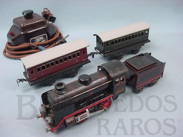 Brinquedo antigo Conjunto de Locomotiva à vapor 2 Carros de passageiros e transformador Década de 1930