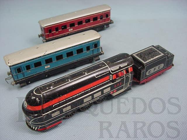 Brinquedo antigo Conjunto de Locomotiva a vapor e dois Carros de Passageiros E.F.E Ferrorama Década de 1960