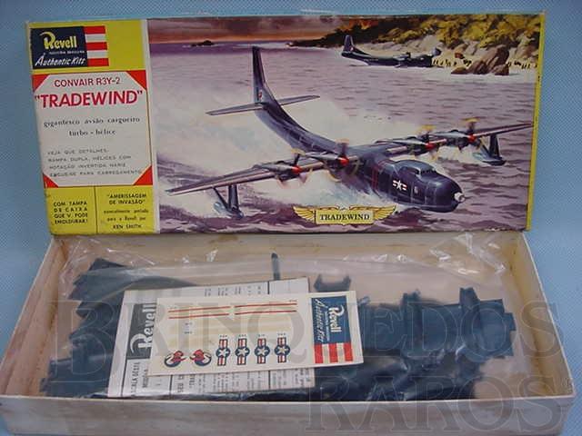 Brinquedo antigo Avião Convair R3Y-2 Tradewind completo lacrado caixa dura Década de 1960