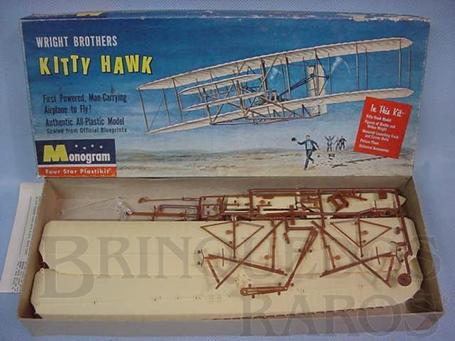 Brinquedo antigo Avião dos Irmãos Wright Kitty Hawk Wright Brothers Década de 1960