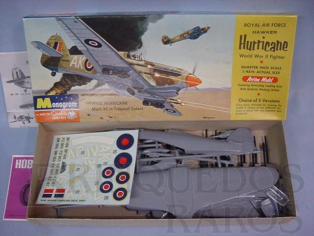 Brinquedo antigo Avião Hawker Hurricane Década de 1960