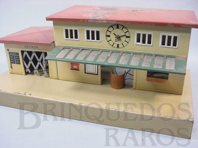 Brinquedo antigo Estação de passageiros com relógio Década de 1930