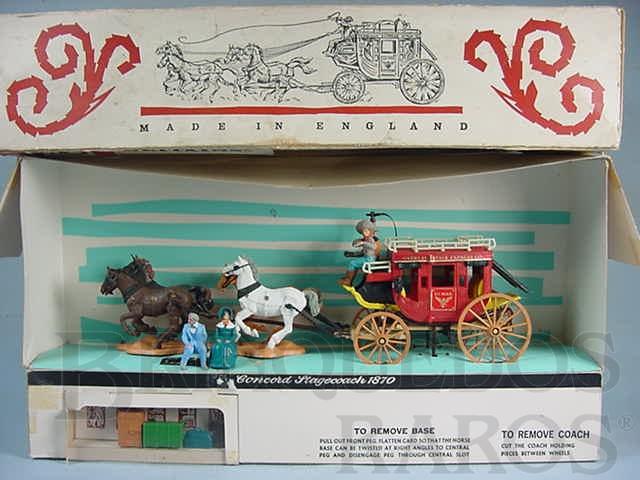 Brinquedo antigo Diligência Concord Stag Coach 1870 completa com quatro figuras bagagem etc. Década de 1960