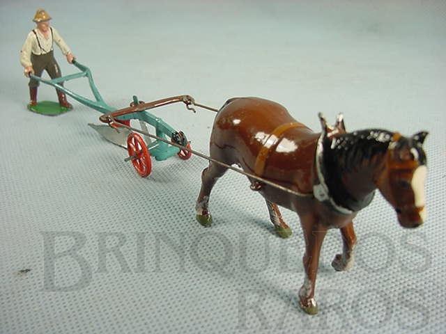 Brinquedo antigo Arado puxado a cavalo Farms Série Completo Década de 1930