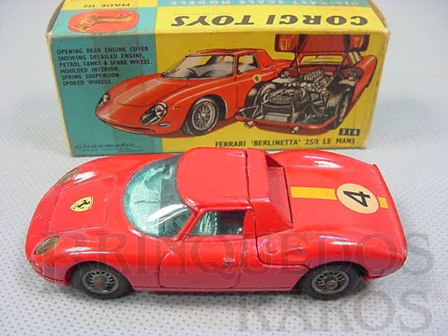 Brinquedo antigo Ferrari Berlinetta 250 Le Mans. Década de 1960