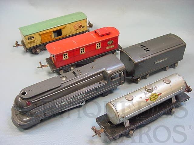 Brinquedo antigo Conjunto completo com locomotiva a vapor 1688E e 3 vagões de carga 1679  1680 e 1682 Ano 1935