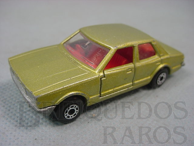 Brinquedo antigo Ford Cortina Superfast