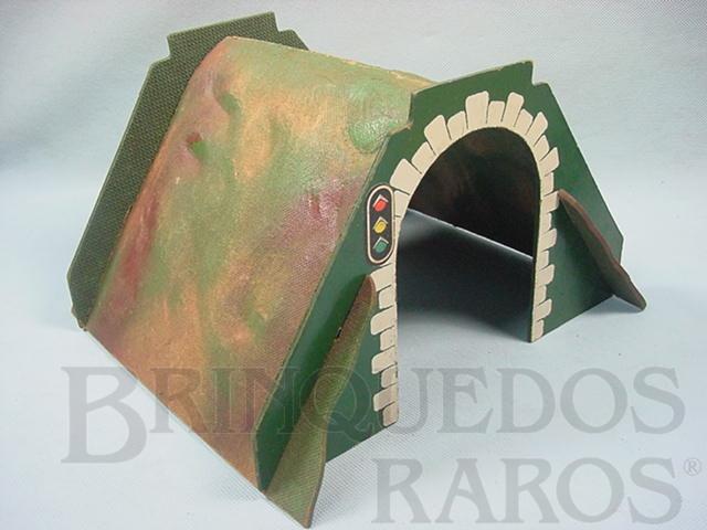 Brinquedo antigo Túnel em chapa de Duratex prensada 17,00 cm de altura Hornby Paris Década de 1930