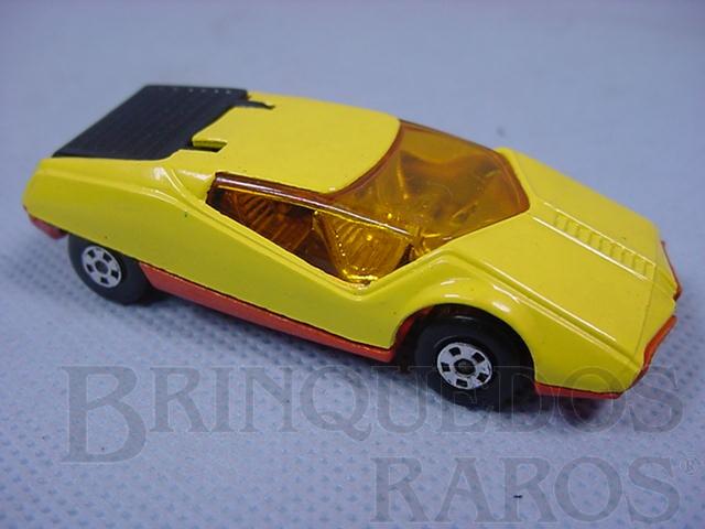 Brinquedo antigo Datsun 126 X Superfast amarelo com tampa do motor preta Brazilian Matchbox Inbrima 1970