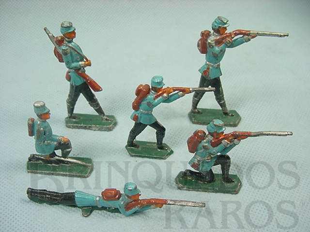 Brinquedo antigo Conjunto de seis Soldados em batalha Semi-Flat forma Schneider