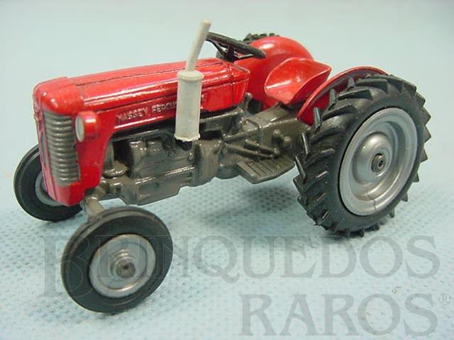 Brinquedo antigo Trator agr�cola Massey Ferguson 65X D�cada de 1970
