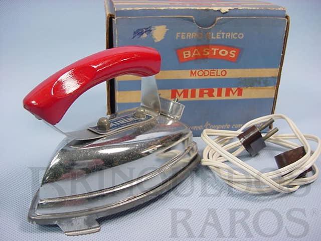 Brinquedo antigo Ferro de passar Roupa de Bonecas elétrico com 9,00 cm de altura Completo com base e fio Década de 1950