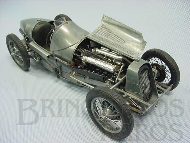 Brinquedo antigo Fiat Grand Prix 1927 Kit montado todo em metal com 31,00 cm de comprimento Década de 1990