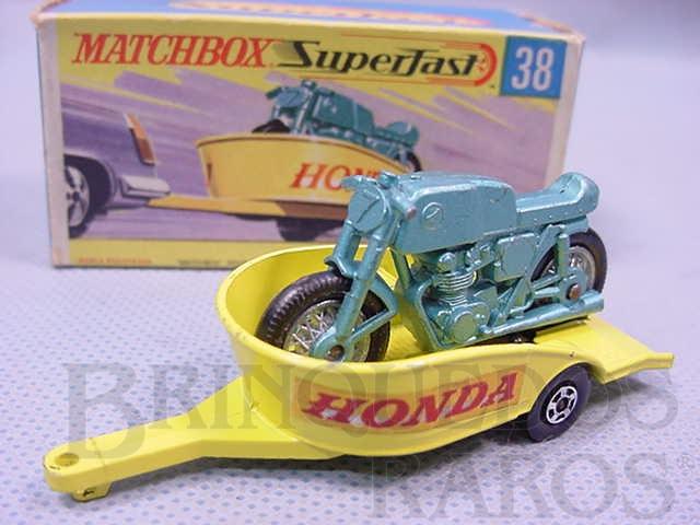 Brinquedo antigo Honda Motorcycle With Trailer Superfast Transitional Weels