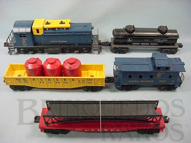 Brinquedo antigo Conjunto completo com locomotiva diesel 614 Caboose 6027 e três vagões de carga Alaska Set Ano 1959 a 1960