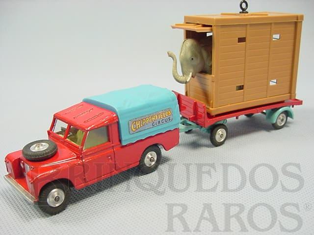 Brinquedo antigo Circo Chipperfields Land Rover and Elephant Cage, completo. Década de 1960
