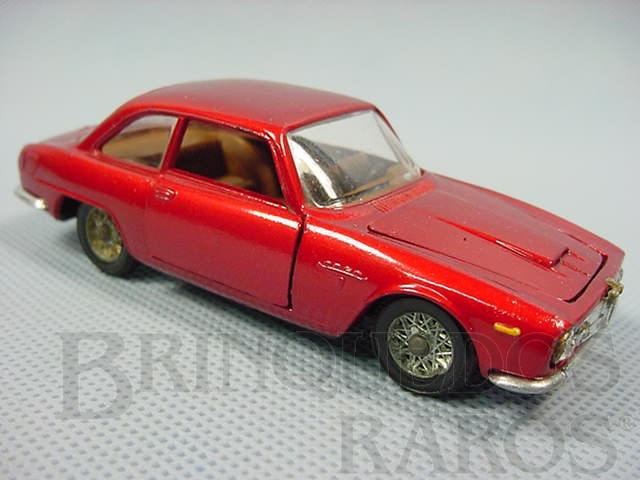 Brinquedo antigo Alfa Romeo 2600 Sprint Bertone Politoys Década de 1970