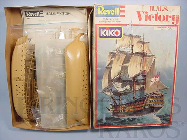 Brinquedo antigo Veleiro HMS Victory navio capitânia de Lord Nelson
