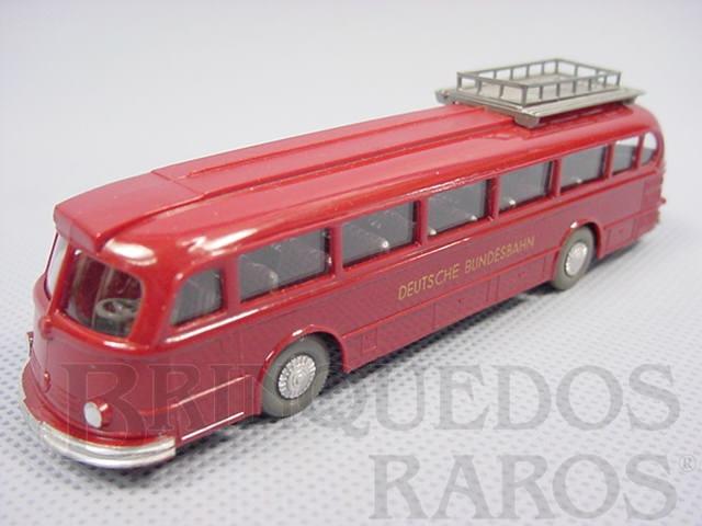 Brinquedo antigo Ônibus Mercedes Benz 6600 vermelho com bagageiro e motorista Deutsche Bundesbahn Década de 1960