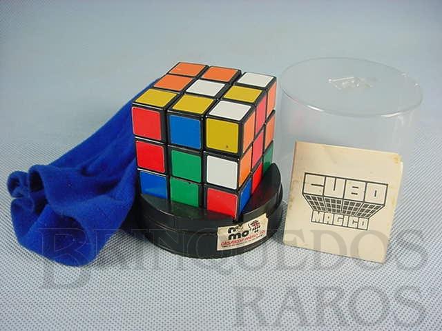 Brinquedo antigo Cubo Mágico Década de 1980