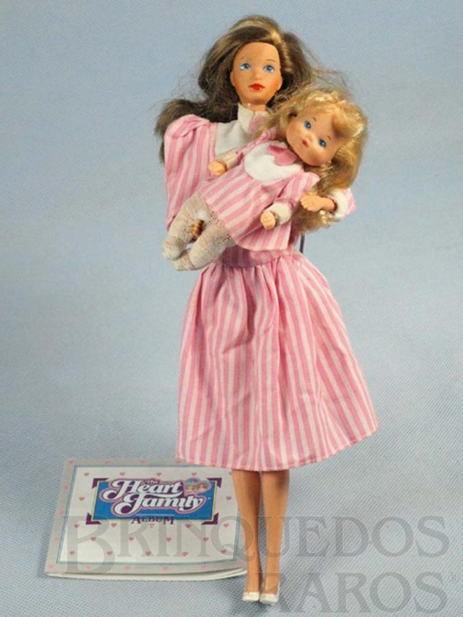 Brinquedo antigo Boneca Barbie Heart Family Serie com Bebê vestido rosa Década de 1980
