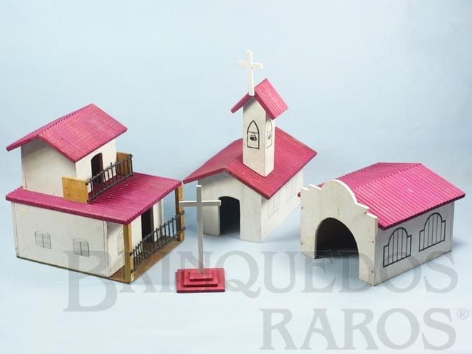 Brinquedo antigo Conjunto de Edificios O Zorro completo com Igreja Sobrado Estábulo e Cruzeiro Ano 1969