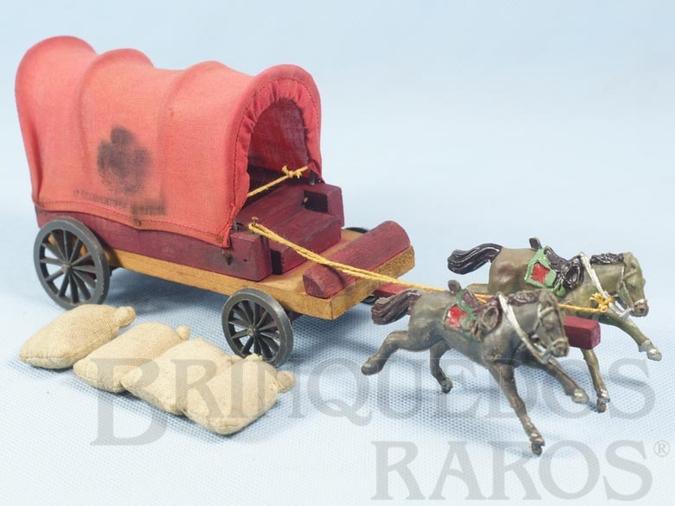 Brinquedo antigo Carroça do Exército Paraguaio 1º Regimento de Artilharia Batalha do Tuiutí com 4 Sacos de aniagem Falta o Cocheiro Década de 1960