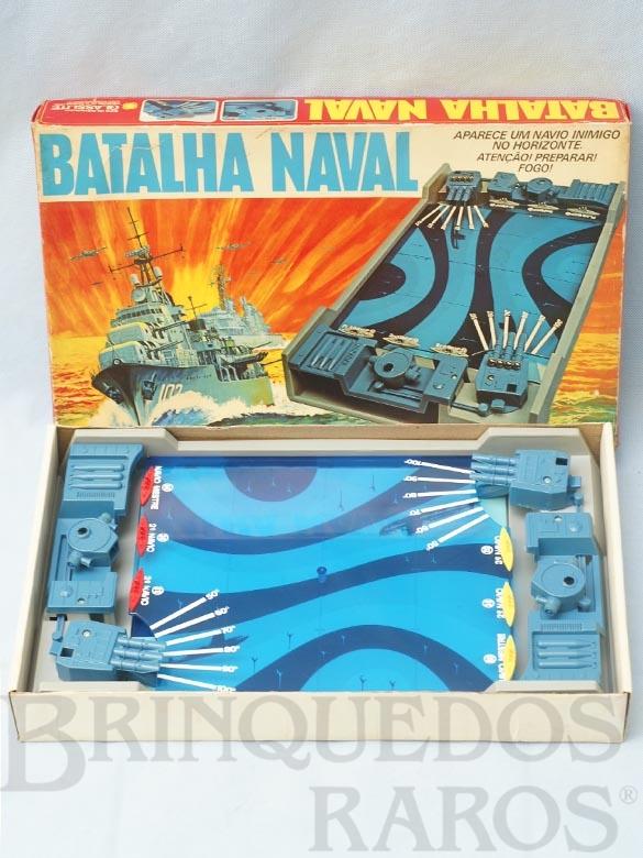 Brinquedo antigo Jogo Batalha Naval Década de 1980