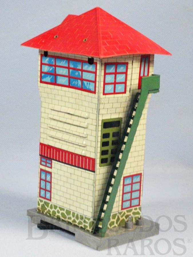 Brinquedo antigo Cabine de Comando Caixa de pilhas com Apito 21,00 cm de altura Década de 1960