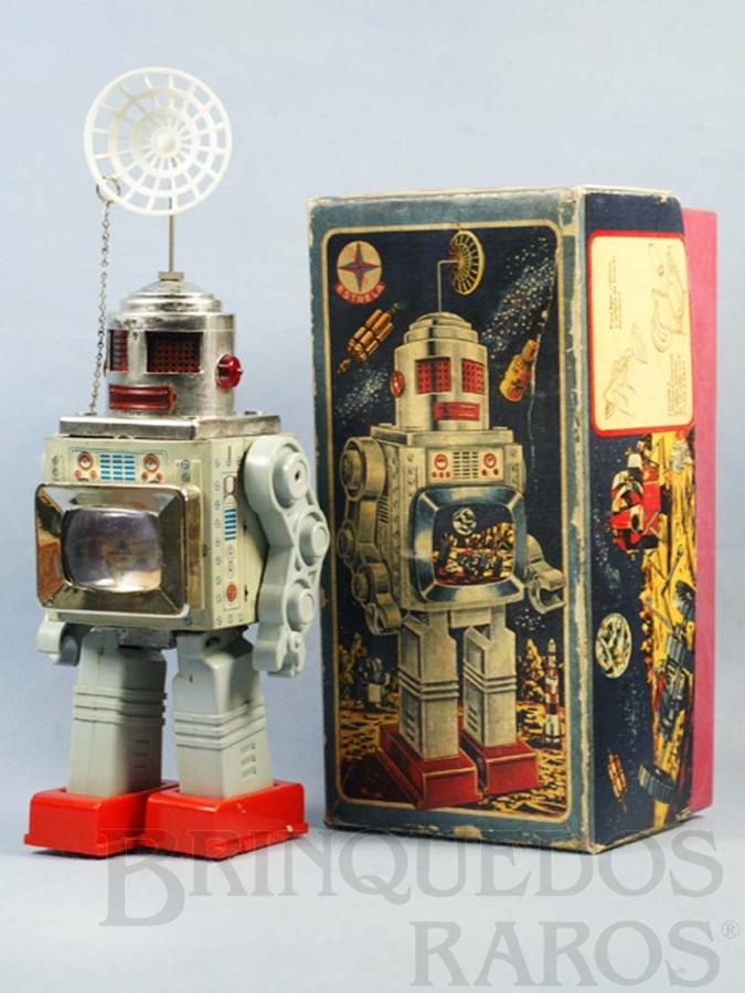 Brinquedo antigo Robot com TV no peito de lata e plástico Brazilian Robot 28,00 cm de altura Ano 1970
