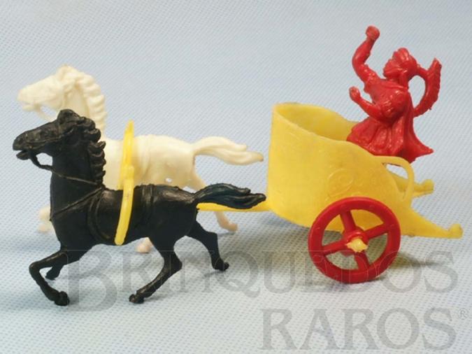 Brinquedo antigo Biga Romana Ben Hur com 14,00 cm de comprimento Ano 1963