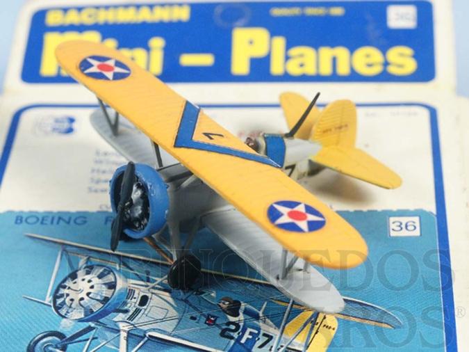 Brinquedo antigo Avião Boeing F4B-4 com 7,00 cm de envergadura Série Mini Planes Década de 1970