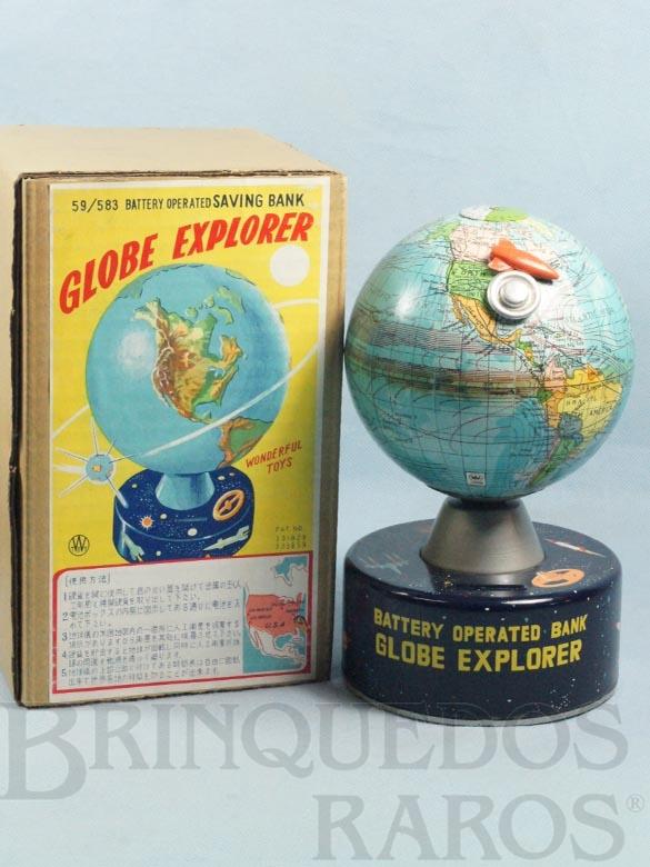 Brinquedo antigo Cofre Globo Terrestre Globe Explorer Saving Bank 23,00 cm de altura Completo com Disco Voador e Foguete Década de 1960
