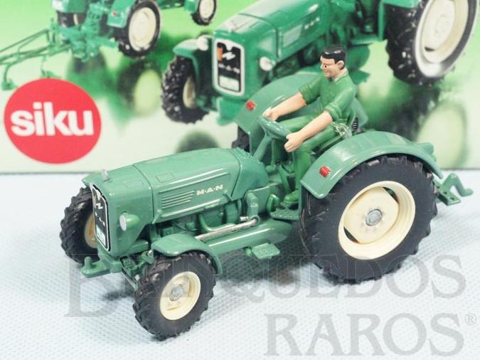 Brinquedo antigo Trator Agrícola Man Diesel com Figura 12,00 cm de comprimento Siku Classic Series Década de 1990