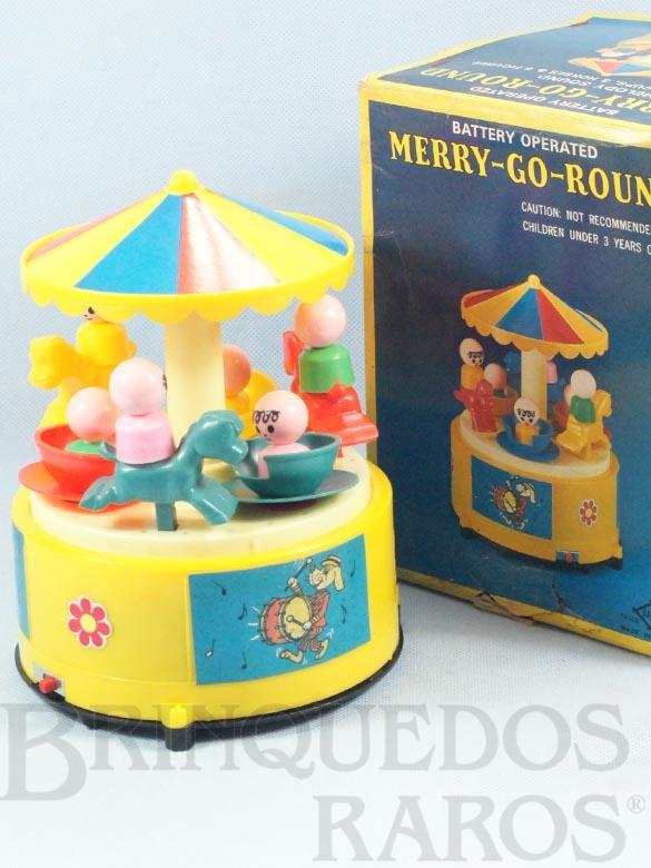 Brinquedo antigo Carrossel Merry-Go-Round com 18,00 cm de altura Década de 1990