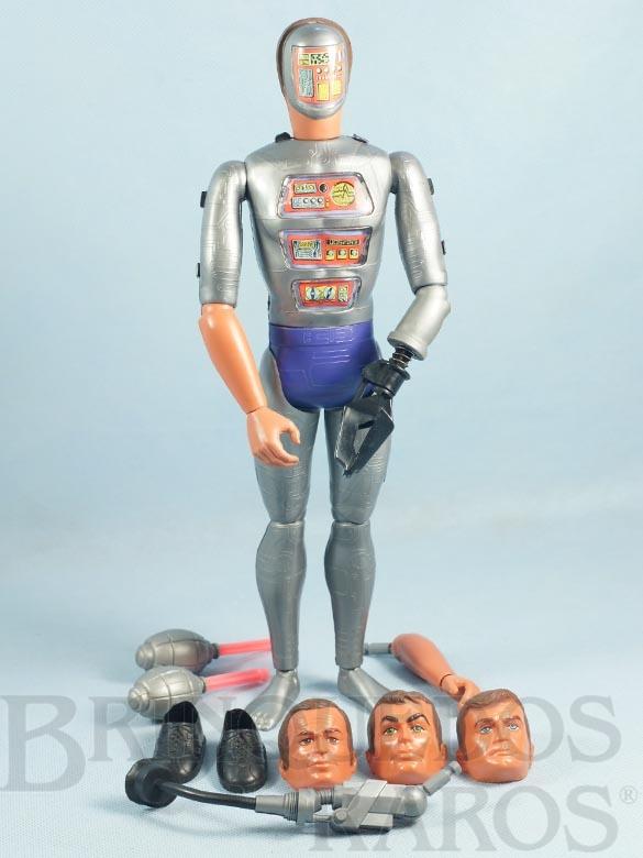 Brinquedo antigo Boneco Maxistron Homem de Seis Milhões de Dólares The Six Million Dollar Man Ciborg Completo com 8 Itens Ano 1974