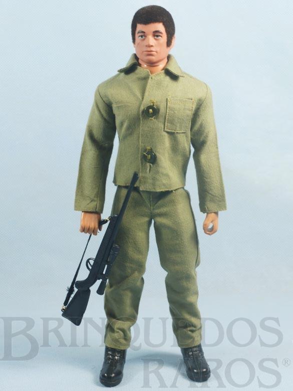 Brinquedo antigo Boneco Falcon moreno sem barba Completo com 4 itens Combate Primeira Série rifle com alça de elástico 1977