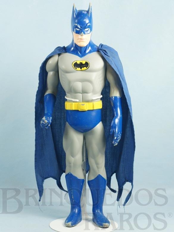 Brinquedo antigo Boneco do Batman com 37,00 cm de altura Capa de tecido Datado 1988