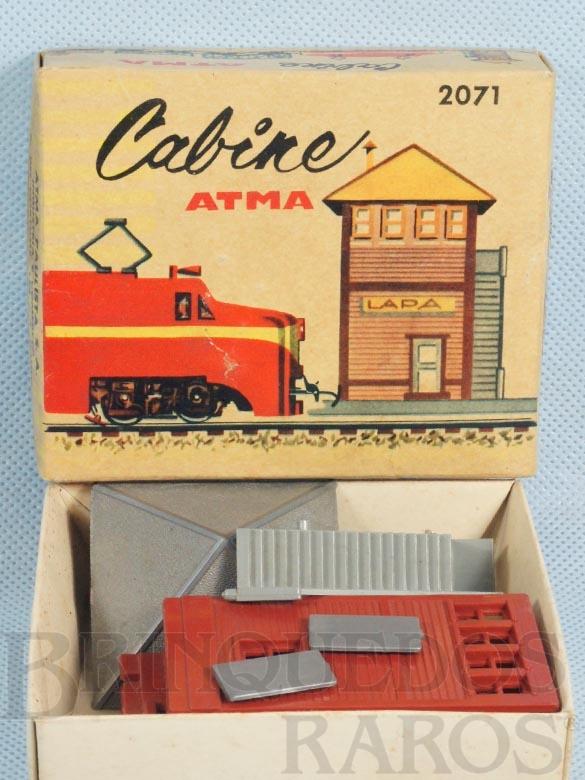 Brinquedo antigo Cabine de Comando Kit para montar Década de 1970