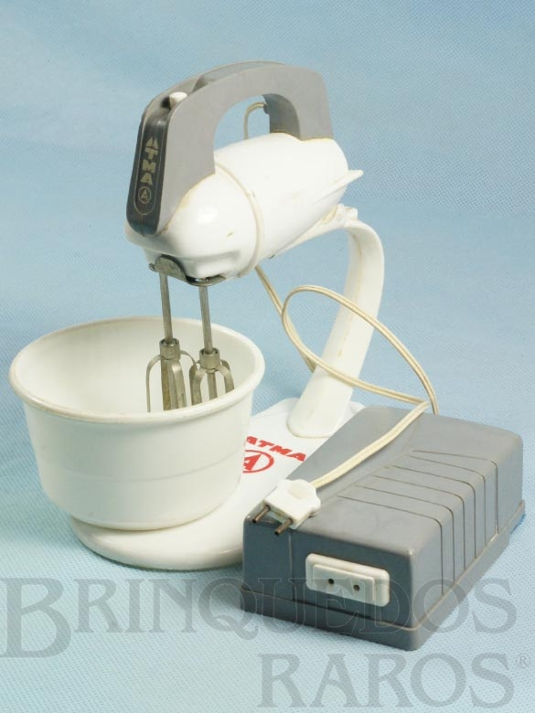 Brinquedo antigo Batedeira de bolos miniatura da Batedeira ARNO Década de 1960