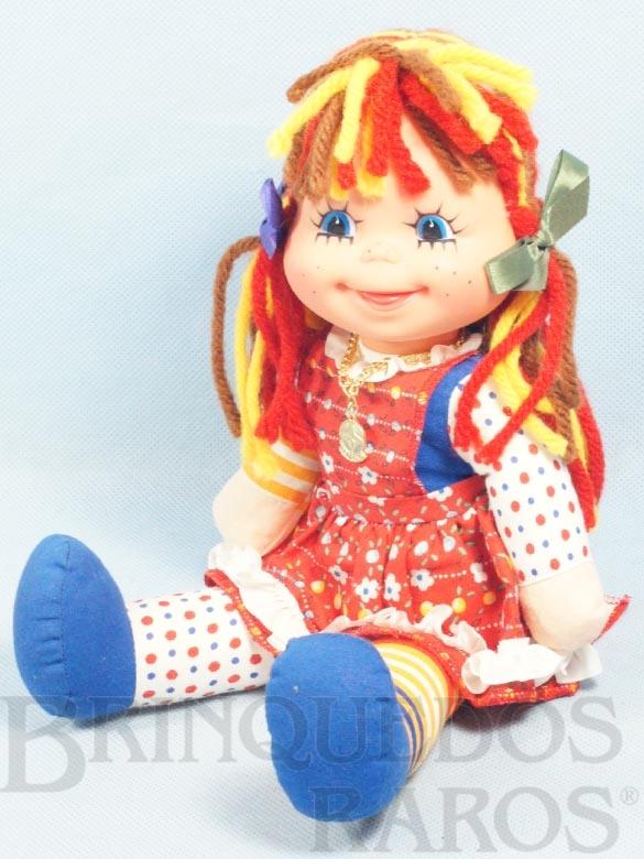 Brinquedo antigo Boneca Emília Sítio do Pica Pau Amarelo com 32,00 Cm de altura Ano 1982