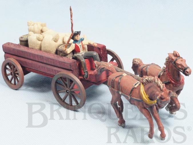 Brinquedo antigo Carroça Casablanca Aberta com dois cavalos e Cowboy Carroceiro numerado 126 Cavalos numerados 178 e 179 Rodas numeradas 174 e 175 acompanham 5 Sacos de Aniagem e 2 Barris Primeira Série Ano 1965