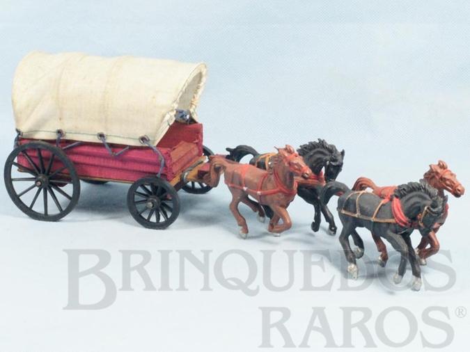 Brinquedo antigo Carroça Gulliver Coberta com quatro cavalos Ano  1971