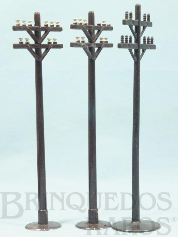 Brinquedo antigo Postes Elétricos com 18,00 cm de altura Década de 1960 Preço por unidade