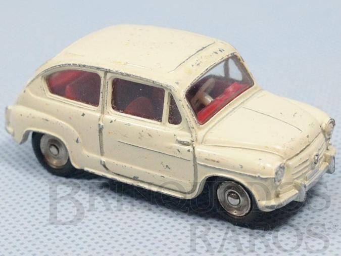Brinquedo antigo Fiat 600 Década de 1950
