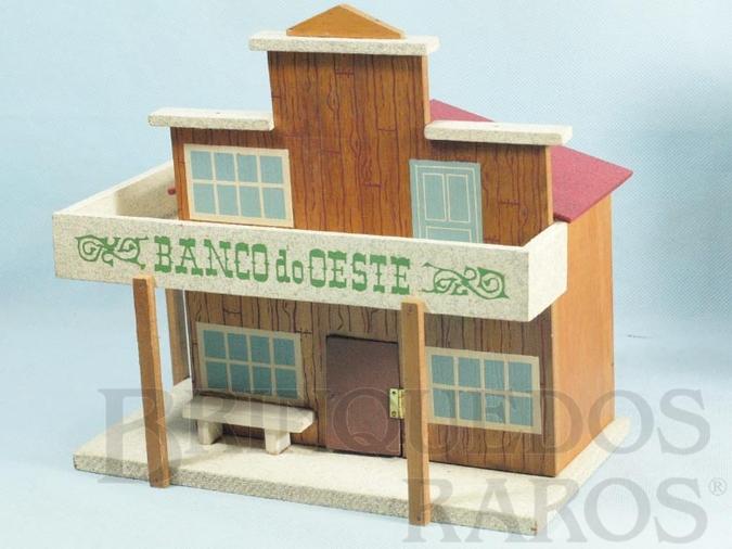 Brinquedo antigo Banco do Oeste com 24,00 cm de altura Década de 1960
