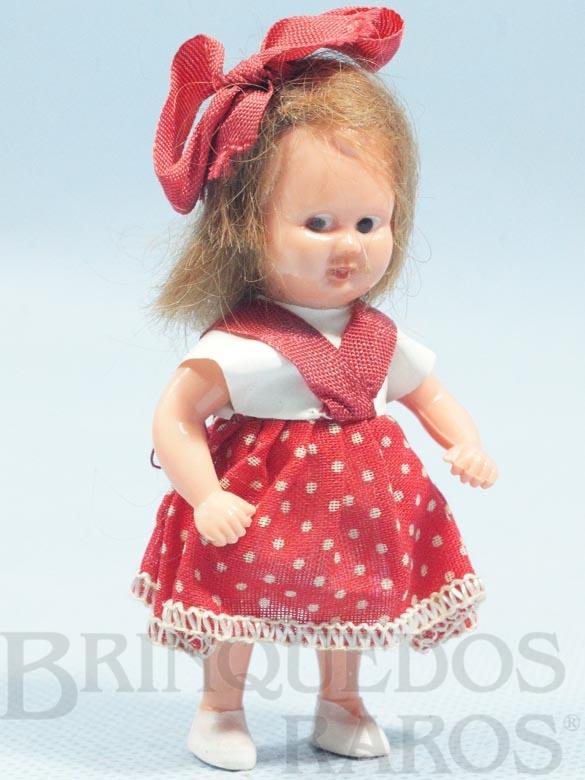 Brinquedo antigo Boneca Estrelinha com 8,00 cm de altura Blusa de tecido plástico e Saia de algodão Olhos pintados Cabelo Natural Ano 1957