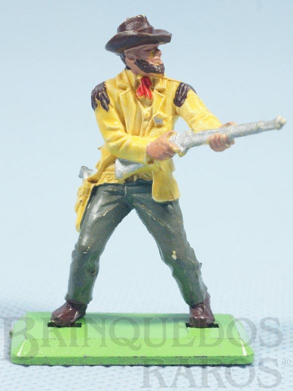 Brinquedo antigo Cowboy de pé atirando com rifle Série Deetail Década de 1970