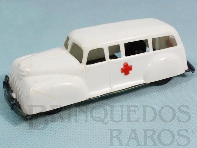 Brinquedo antigo Ambulância com 11,00 cm de comprimento Década de 1960